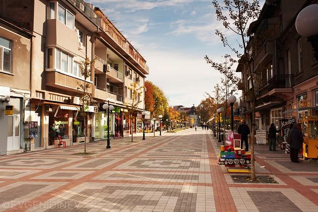 Централната улица в Поморие