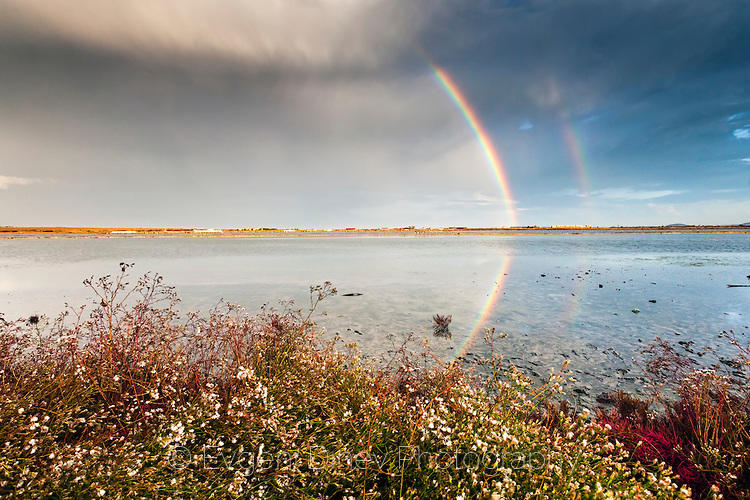 Пейзаж с дъга и езеро