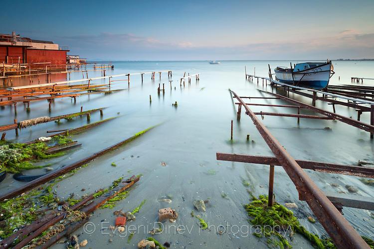 Рибарско пристанище Равда