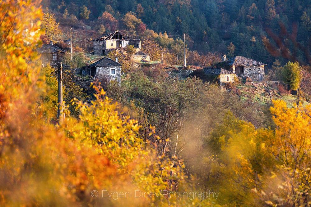 Есен в село Сполука