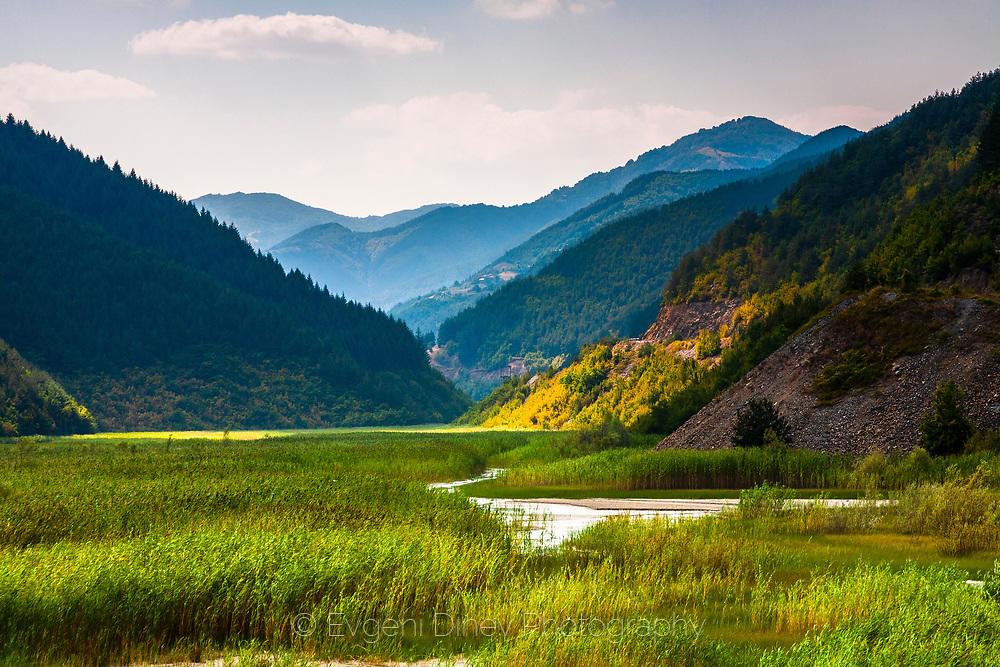 Долината на Ерма река