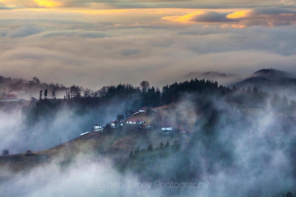 Селце обгърнато в облаци