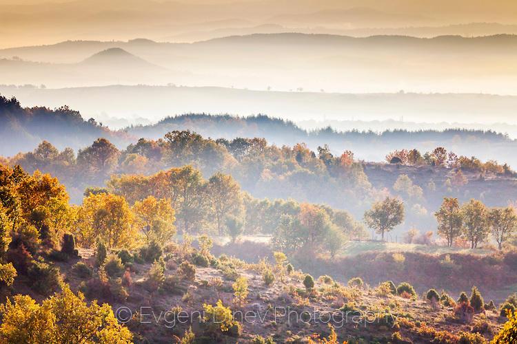 Мъгливо Родопски утро