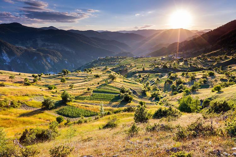 Юлски залез в Родопите