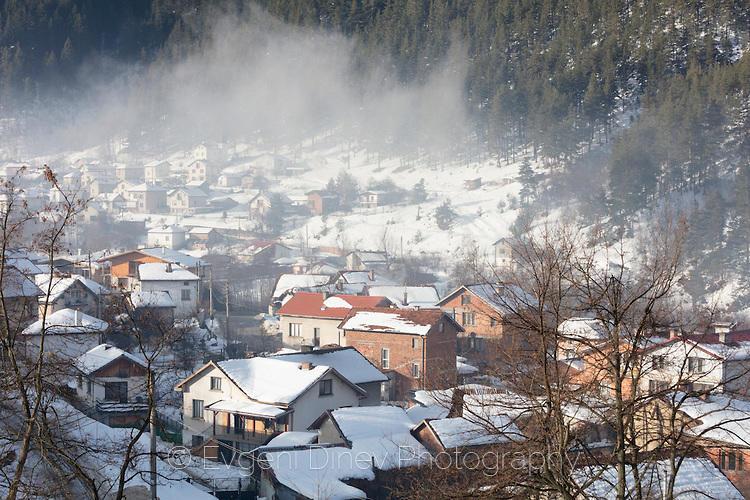 Село Бели Искър през зимата