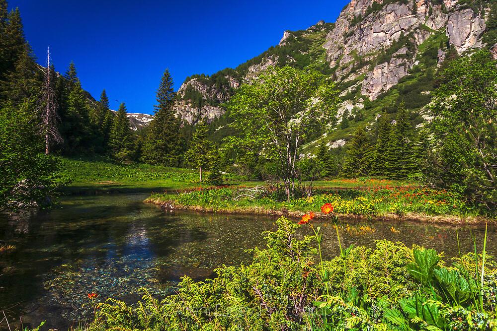 Долината на Урдина река