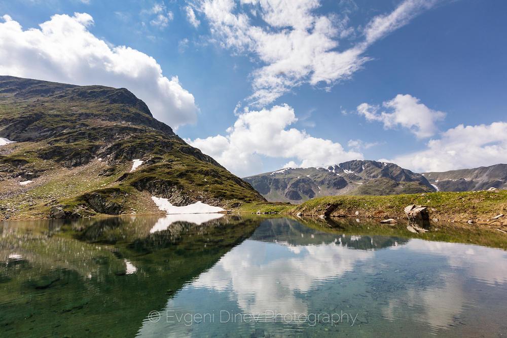 Горно Урдино езеро