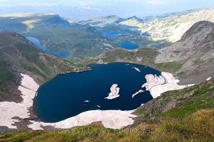 Изглед към езерата от Отовишки рид