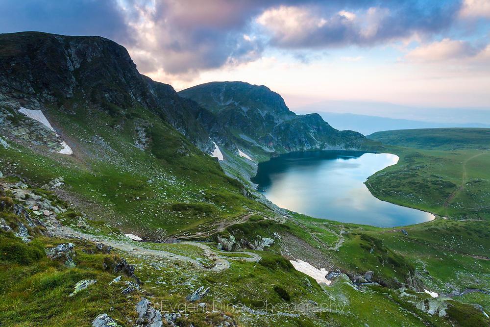 Езеро Бъбрека по залез