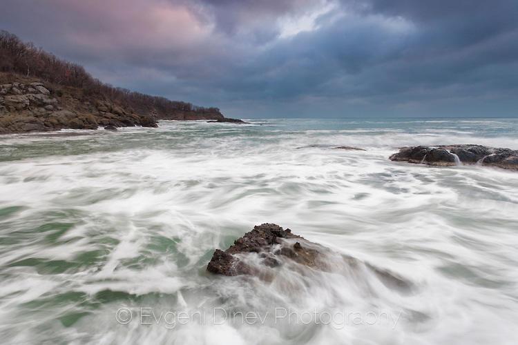 Цветовете на декемврийското море