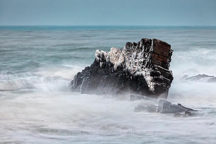 Бясно море