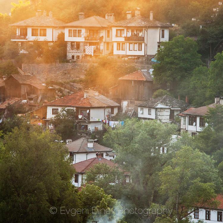 Слънчево село
