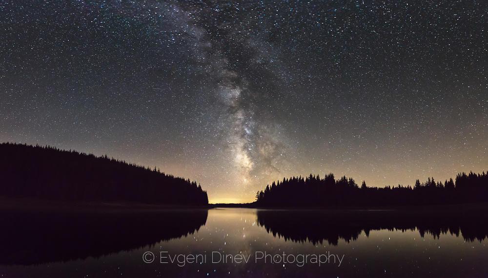 Млечният път над Родопите