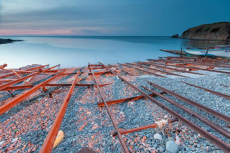 Релси в морето