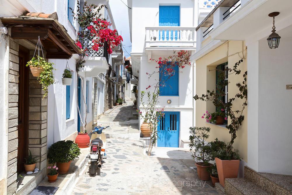 Китна улица в Скопелос