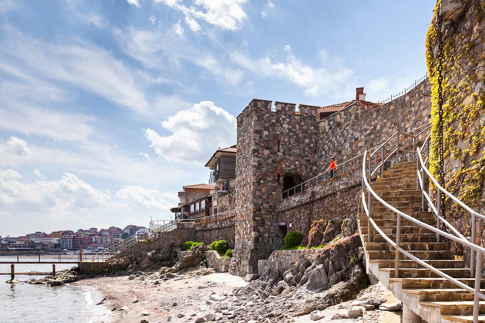 Кула на крепостната стена в Созопол