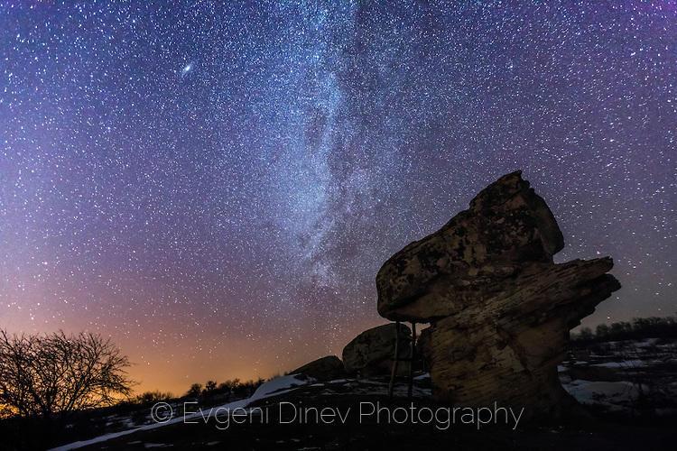 Млечният път над Доброванските гъби