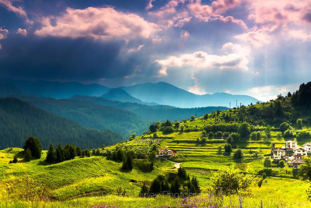 Красивото Родопско селце Стойките