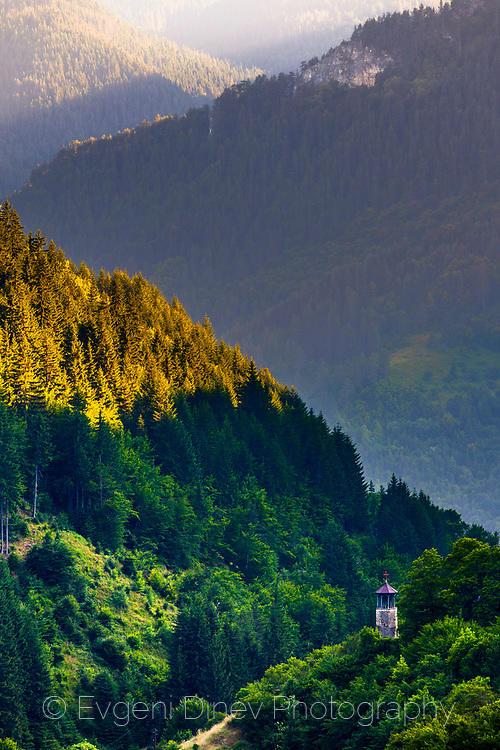 Самотнатна камбанария