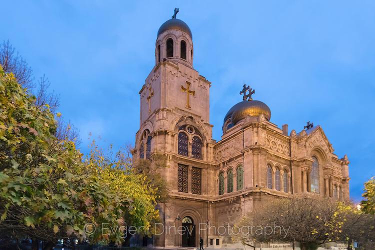 Катедрален храм Варна