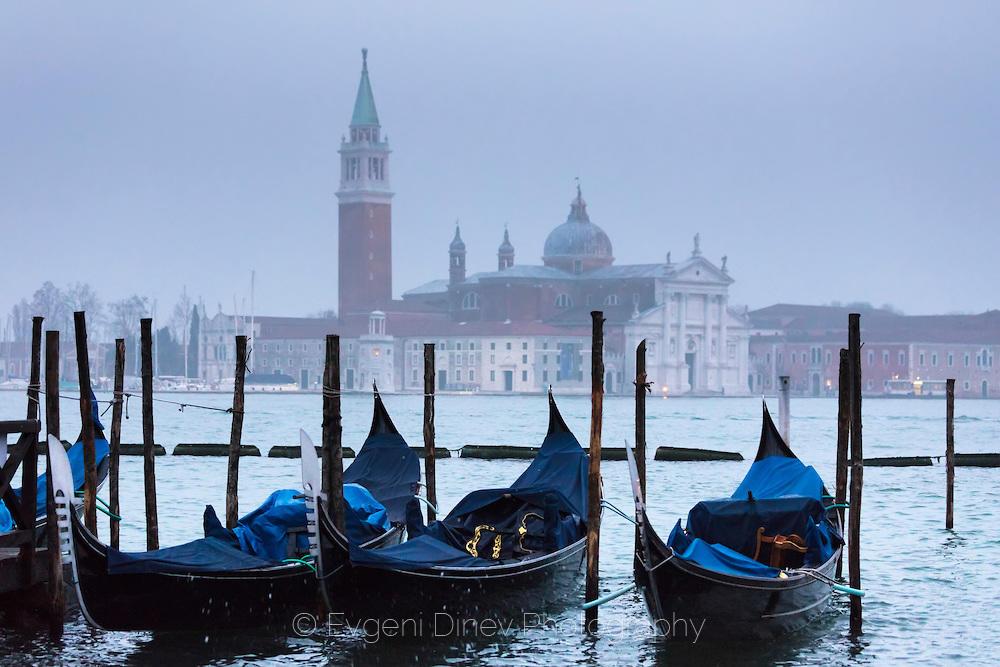 Мъгливо Венецианско утро