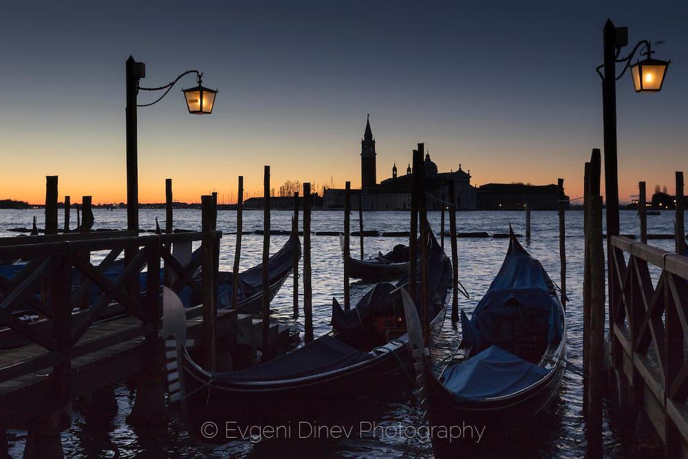 Ноемврийско зазоряване във Венецея