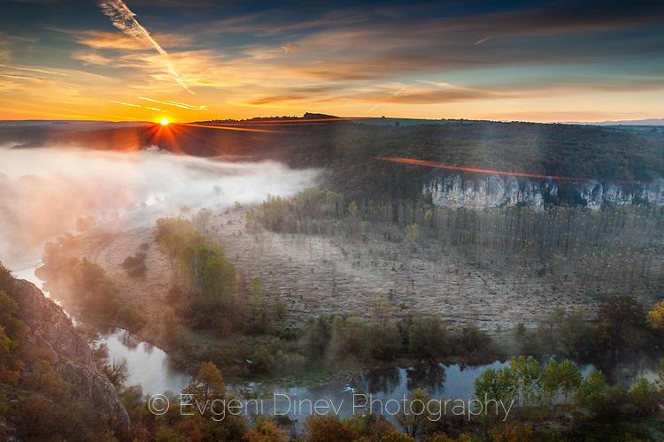 Над каньона на река Вит по изгрев