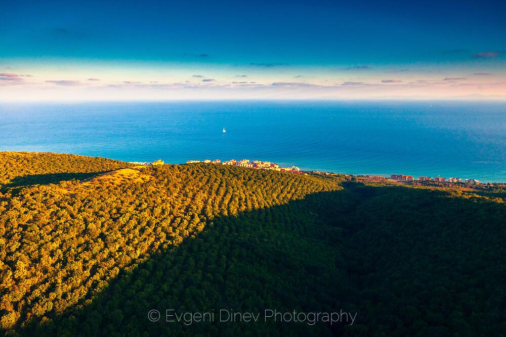 Стара Планина и морето край Свети Влас