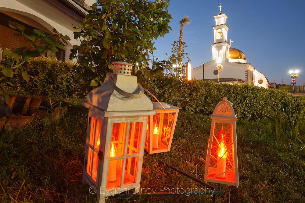 Фенери нощем в Свети Влас