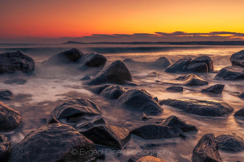 Замръзнали морски скали