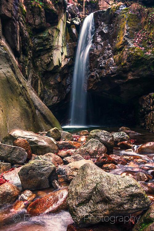 Костенски водопад