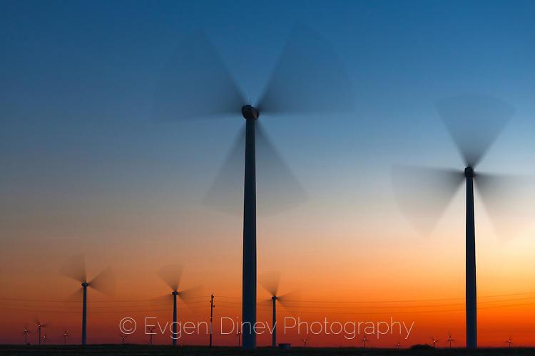 Ветрогенератори в сумрака